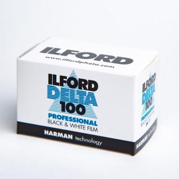 ILFORD DELTA 100 135 24 POSES
